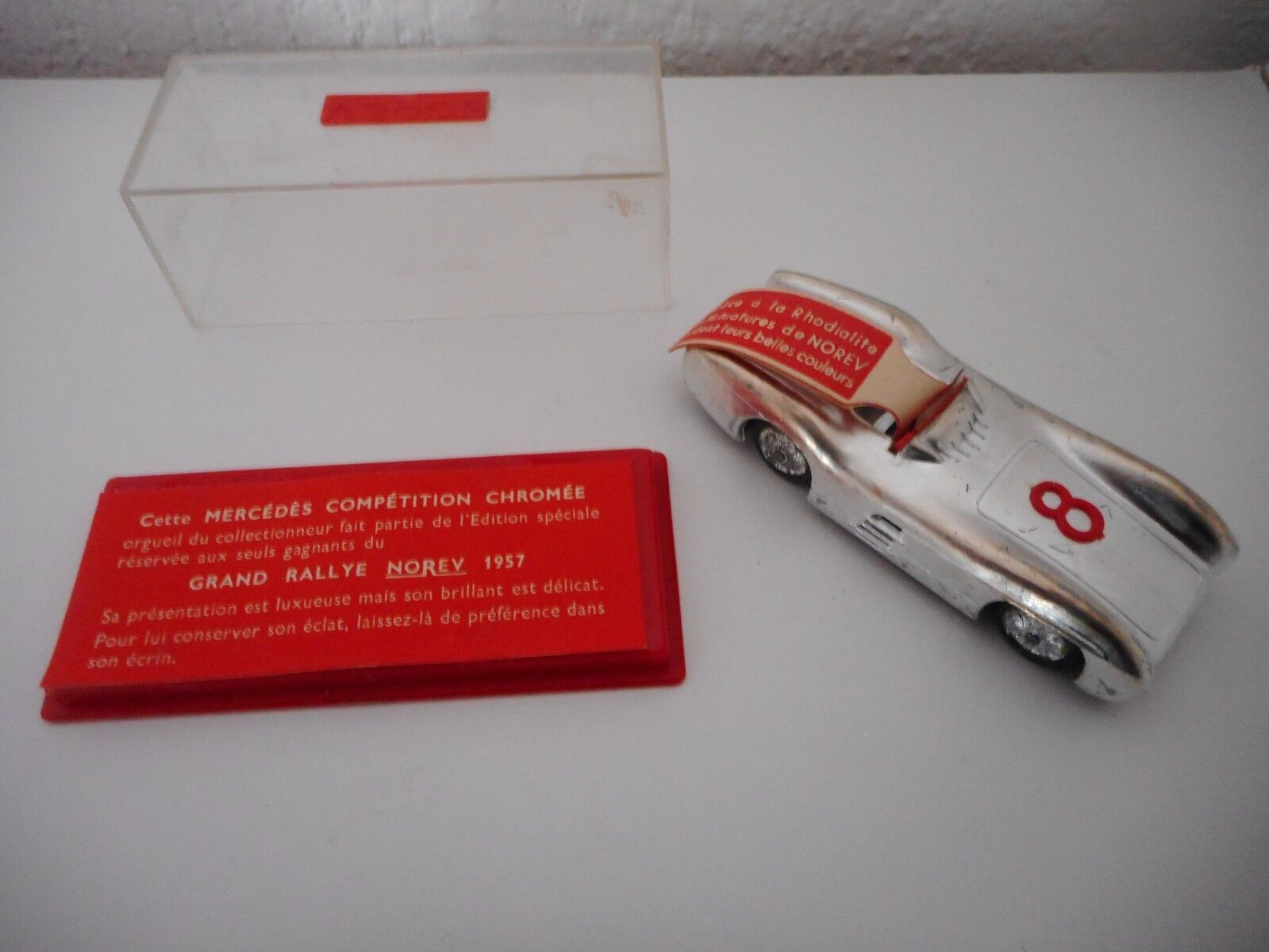 NOREV  mercedes offerte aux gagnants du RALLYE 1957 avec boite et étiquette