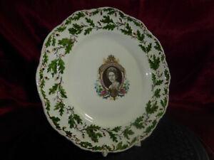 HRH-Queen-Elizabeth-II-Silver-Jubilee-Commemorative-Plate-Oak-amp-Acorn-ROYAL-WARE