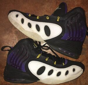 5bbcad5a81b0 Men s Nike zoom air sonic flight Gary Payton shoes lakers size 10 ...