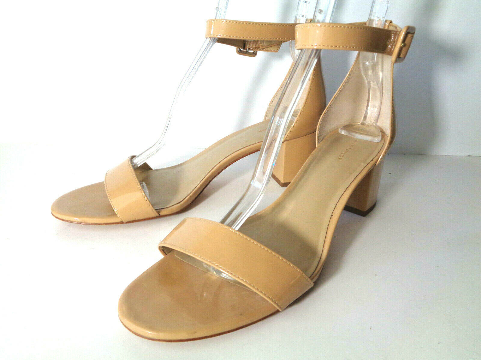 ANN TAYLOR 11M Beige Patent Leather Closed Chunky Heel Sandals Shoes Ankle Strap