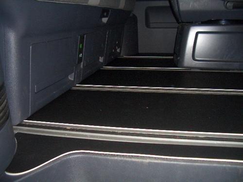 Gastraum und Kofferraum Gummimatte PVC abwaschbar VW T5 Multivan 2 Schiebetüren