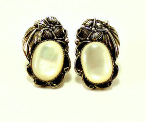 Vintage-Native-American-Sterling-925-White-Oval-Mother-of-Pearl-Stud-Earrings