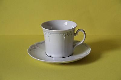 Seltmann Weiden Julia Rote Ornamente Kaffeetasse mit Untertasse Tasse   43752