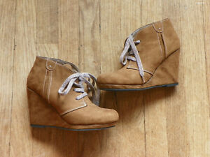 01106836a65 Cato Tan Camel Cognac Suede Lace Up Wedge Boots Booties sz 8 8M Pre ...