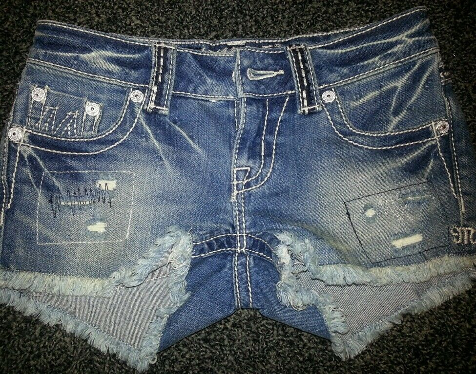 New Miss Me Jeans Style x1018h Shorts m series Size 24