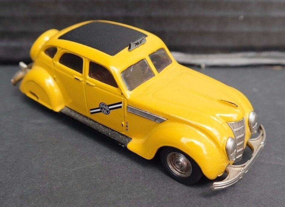 Das gelbe rextoys chrysler wurden 1935 taxi 27 (portugal) modell - auto