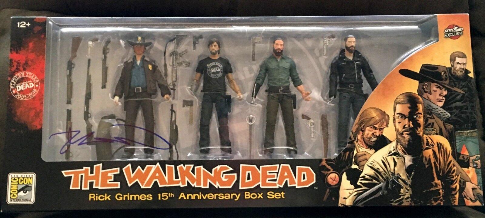 Robert Kirkman Firmado Auto Walking Dead Rick Grimes figura de acción SDCC 2018 Set