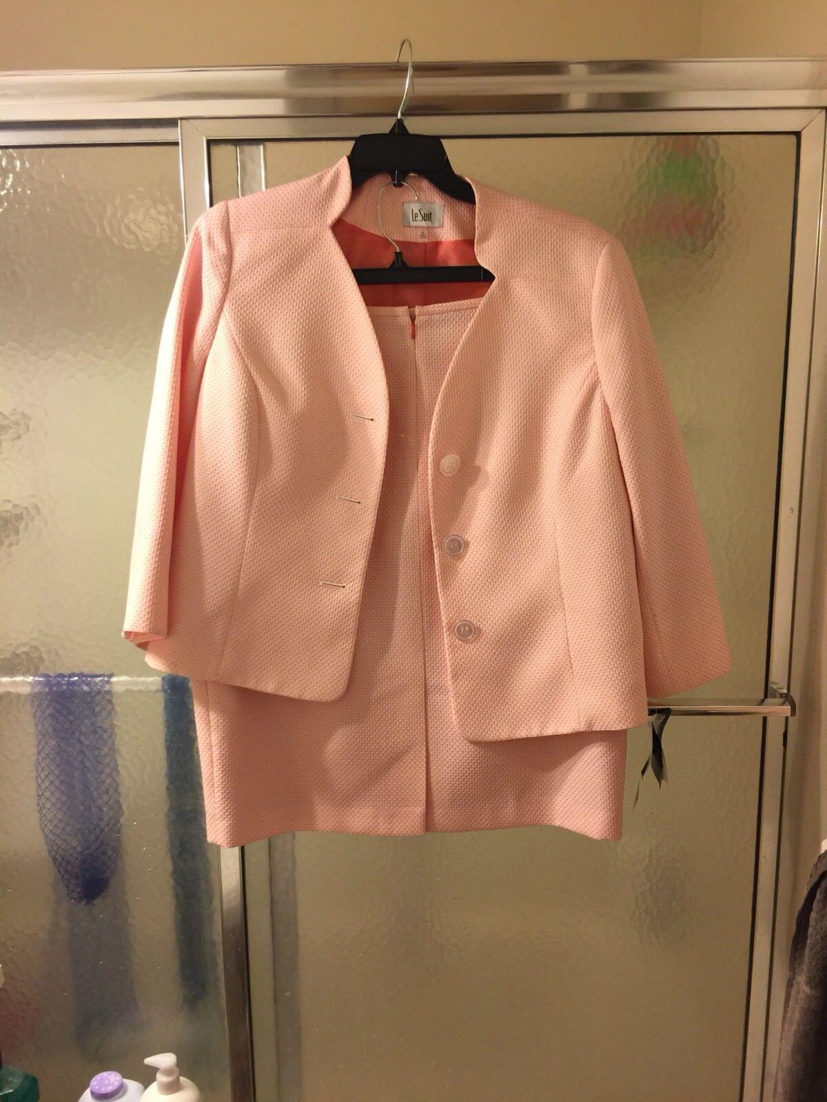 NWT Le Le Le Suite 2 Piece Skirt Suite; Sz 16; Apricot & White; Lined; MSRP  200.  90 55468e