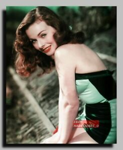 HV-2240 AMERICAN ACTRESS JEANNE CRAIN SEXY PIN UP 8X10