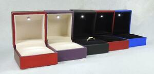 Black Blue Red LED Lighted Jewelry Engagement Wedding Ring Box Gift 388154
