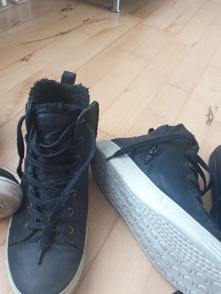 Sneakers, str. 37, Hummel str.36