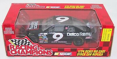 New 1996 Racing Champions 1:24 NASCAR Joe Bessey Delco Remy Monte Carlo #9