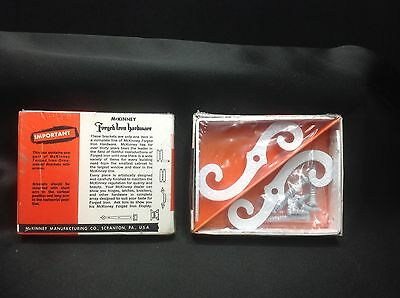 Vintage McKinney Manufacturing Co WHITE Forged Iron Ornamental Brackets 4X3 NIB