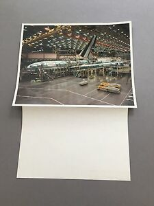 BRITISH AIRWAYS BOEING 777 EVERETT ASSEMBLY LARGE OFFICIAL PHOTO 1994
