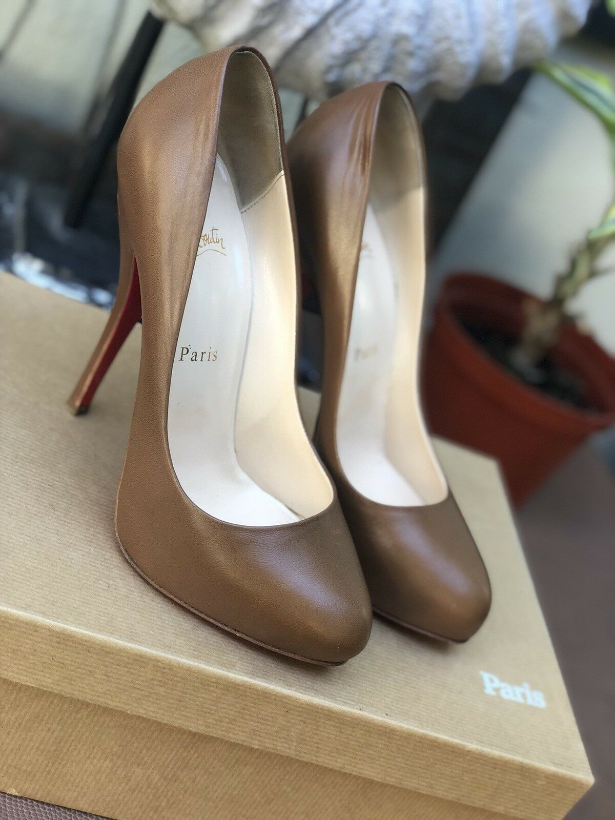 Christian Louboutin Authentic Feticha TAN 120 Kid sz 37.5 heels chaussures Pumps