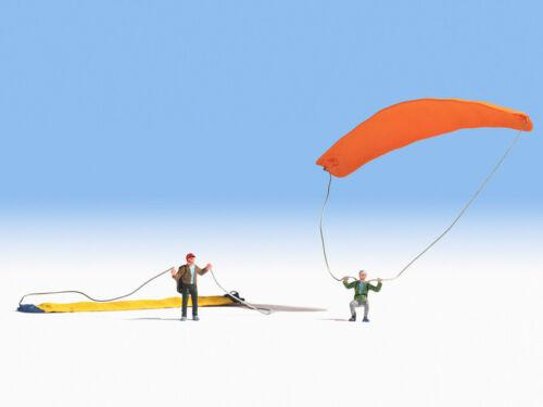 Noch N15886 OO gauge Figures Paragliders