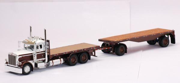 TONKIN 1 53 SCALE PETERBILT 388 DAY CAB FLATBED MODEL   BN   080190