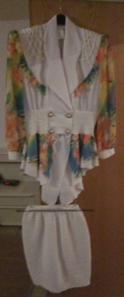 Gr. 38 40  Weiß buntes Kostüm, nur 2x getragen | Verschiedene Stile und Stile  | Niedrige Kosten  | Erschwinglich  | Ausgezeichnet (in) Qualität  | Genial Und Praktisch