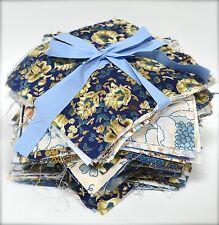 BLUE Bundle Craft tessuto materiale DA CUCIRE PATCHWORK QUILTING quadrati libero pulsanti