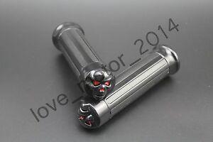 1-034-Black-Skull-Handlebar-Hand-Grips-For-Harley-Sportster-Dyna-Softail-Road-King