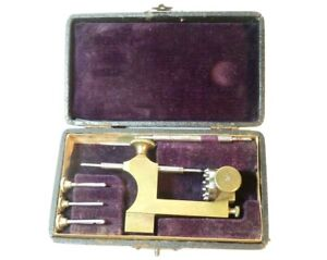 NICE 19TH CENTURY CASED BRASS AND STEEL WATCHMAKER'S MINI LATHE TOOL