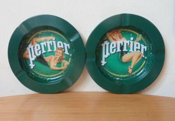 2 X Vintage Look Circular Perrier Ashtrays-lightweight Metal-diameter 13.8cm Materiali Di Alta Qualità Al 100%