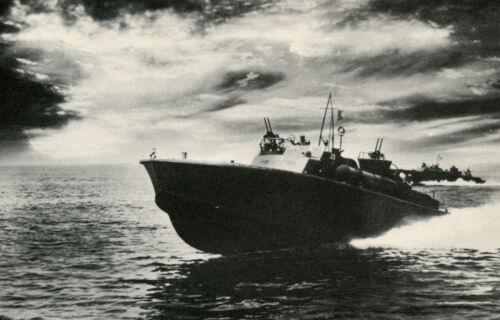 TORPEDO BOAT VINTAGE WWII NAVY PHOTO POSTER ART PRINT 23x36 9 MIL PAPER