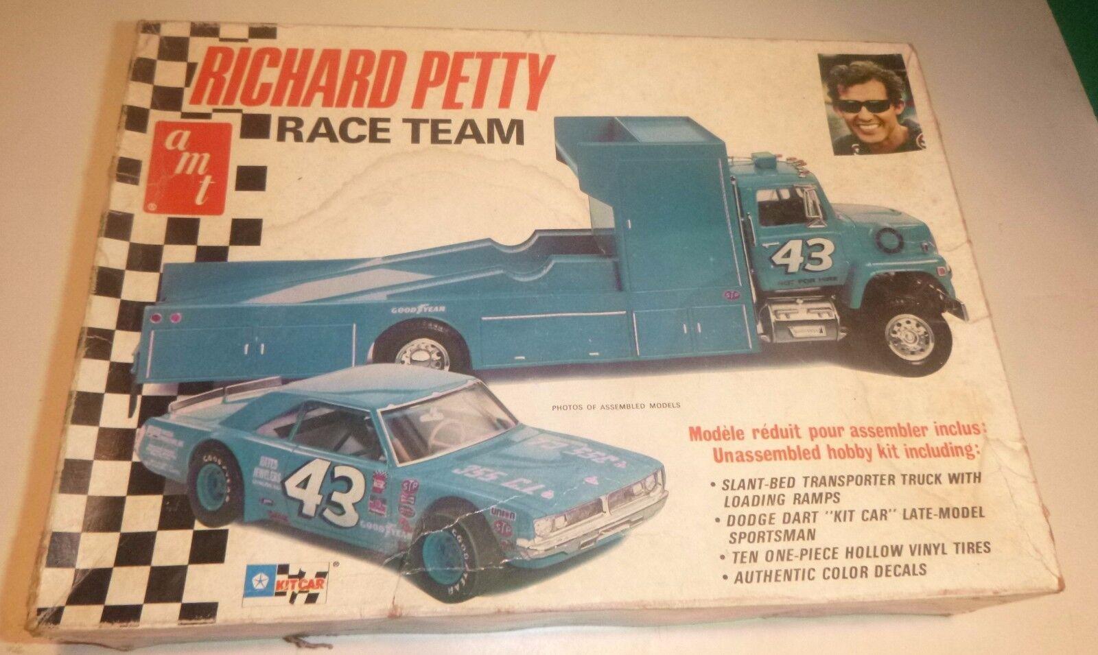 Oeuf de noel Amt T569 Original Richard Petty Petty Petty Transporter Camion 1/25 Voiture Modélisme 7d4f5d