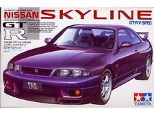 Preventa-Tamiya 24145 Nissan Skyline GT-R V Spec 1:24 Coche Modelo Kit