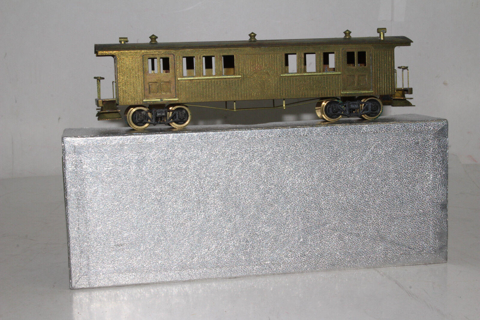 TAKARA HO SCALE BRASS 1863 RADIAL ROOF BAGGAGE PASSENGER CAR, BOXED,  4