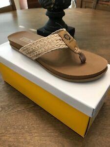 Yellow Box Carolina Black Flip Flop NIB Choose Size
