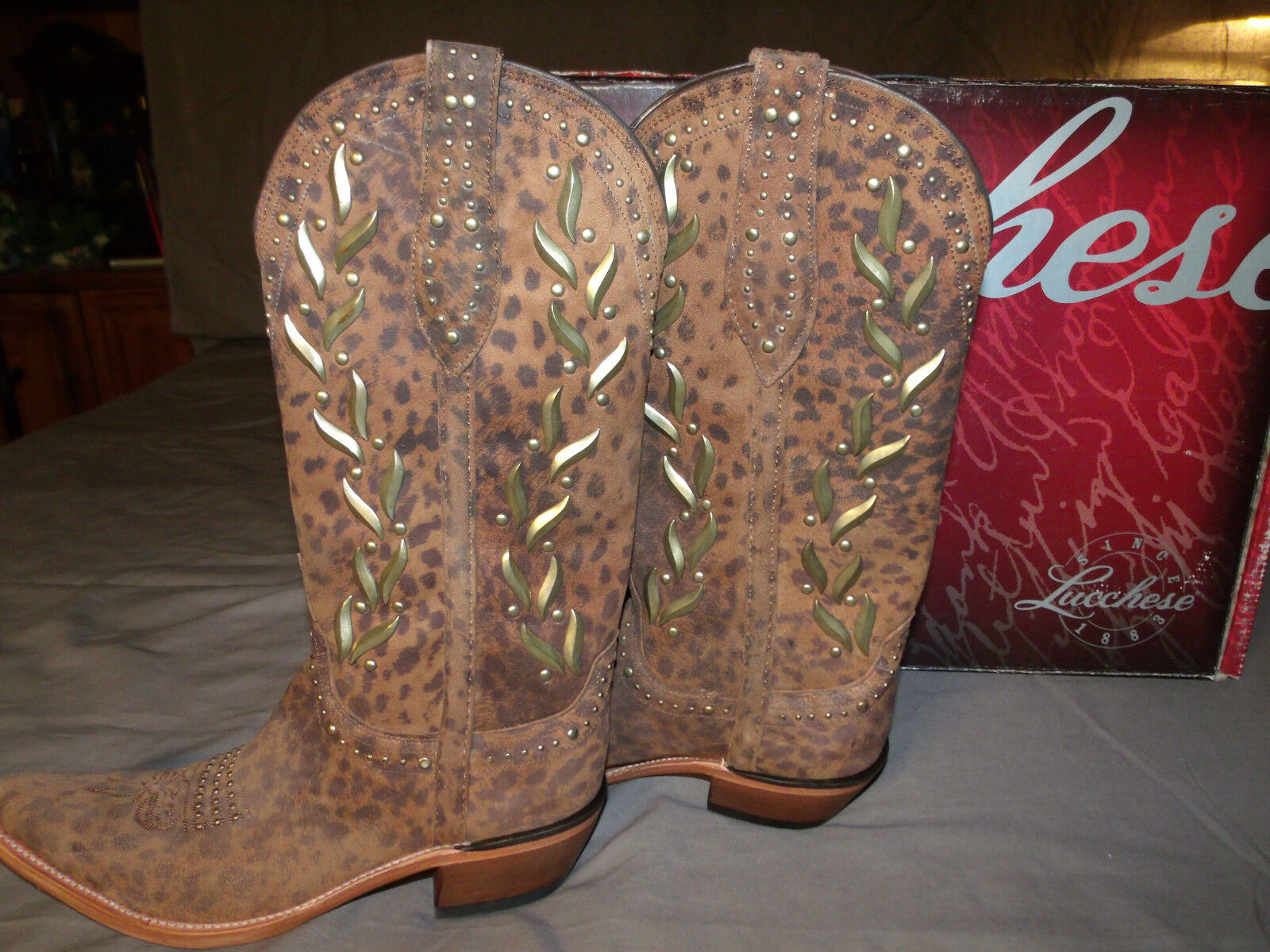 LUCCHESE M4622.S54 Womens Sexy CAMEL CHEETAH Studded Studded Studded Boots Size 7.5B 6f5fbb