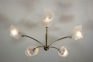 Messing Sputnik Kronleuchter Kunststoff-Spiralen 50er Jahre vintage Lampe alt