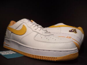 buy popular 037b3 3311c Image is loading 2002-Nike-Air-Force-1-LA-LAKERS-WHITE-