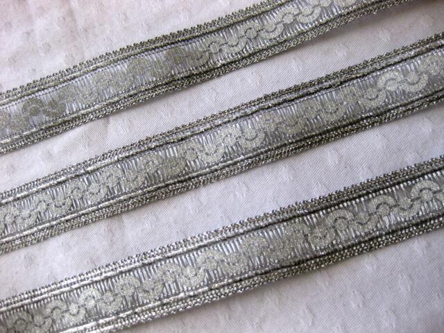 Borte in verschiedenen Farben,glänzend, lfm, 23mm breit  (B229)