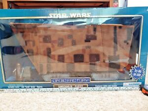NIH-Disney-Parks-Excl-Star-Wars-Disney-Droid-Factory-Jawa-Sandcrawler-Playset