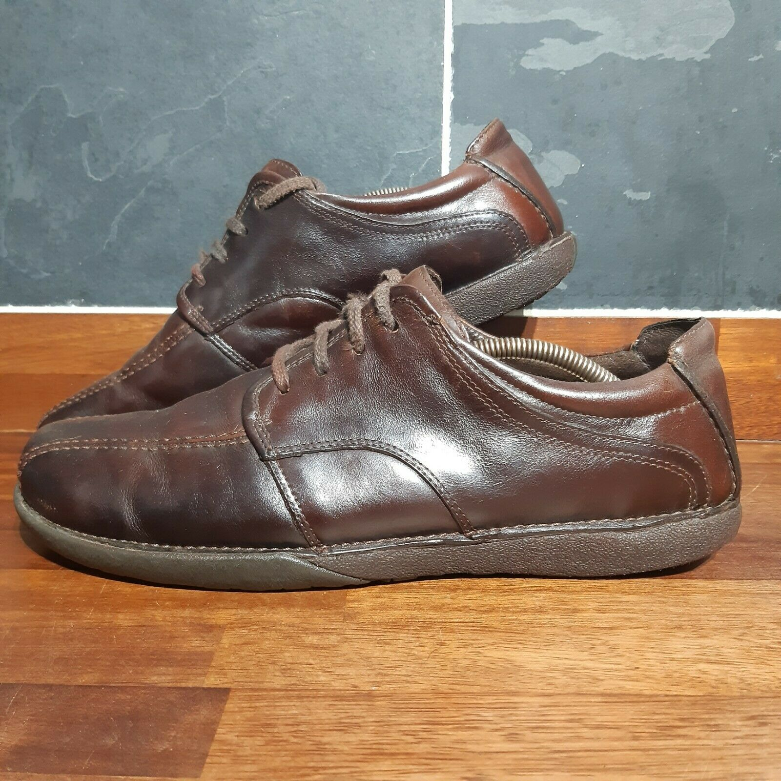 Mens Clarks Brown Leather Shoes - UK Size 11 G - Great Condition