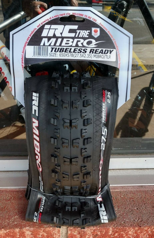 IRC MIBRO MTB Tire 27.5x2.35 Tubeless Ready, Folding