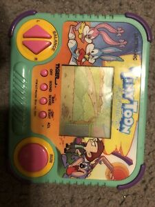1990 Tiny Toon Adventures Handheld Electronic LCD Game Tiger Electronics Cartoon