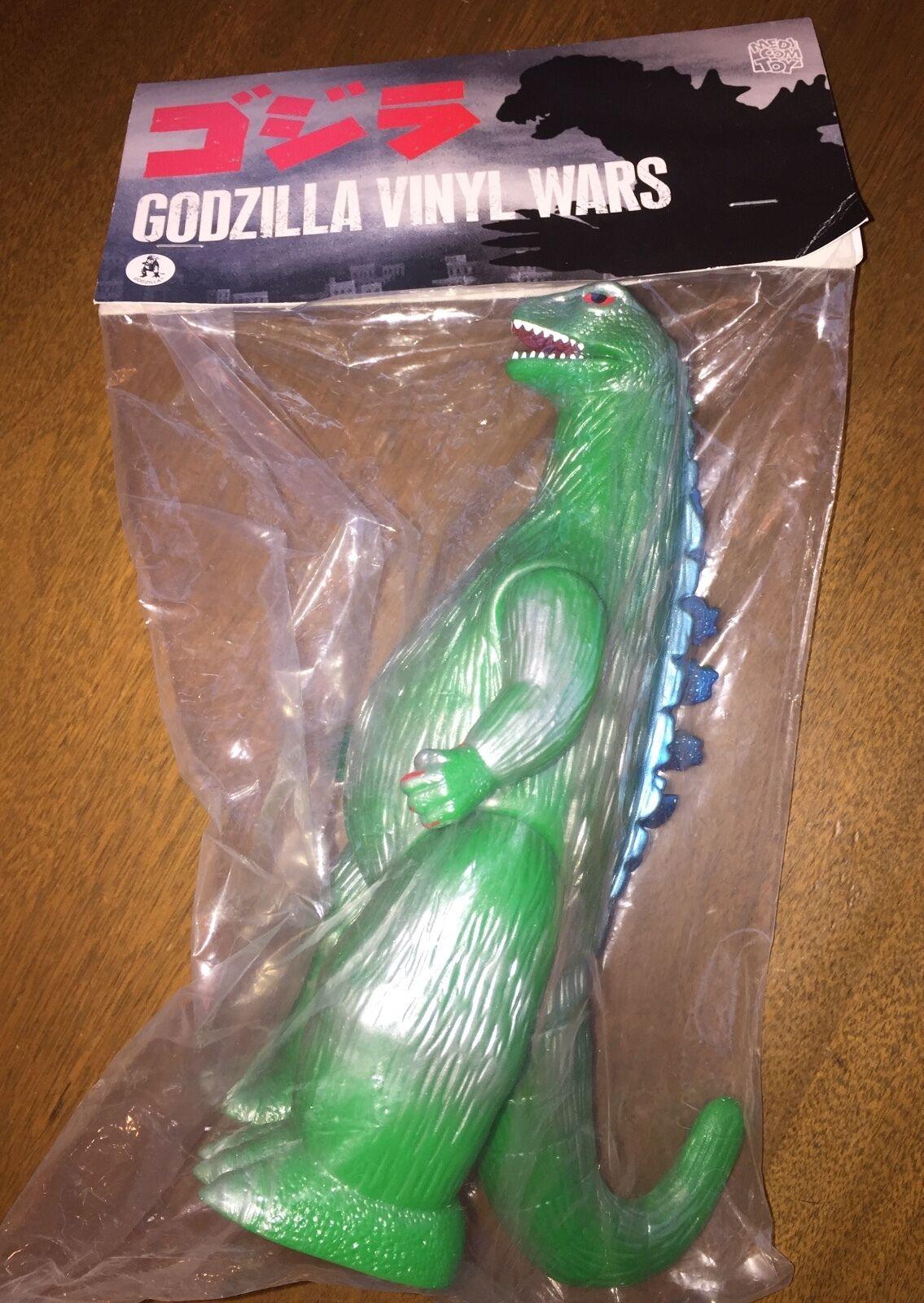 Godzilla Vinyl Wars GODZILLA J TAIL GREEN SOFUBI previews diamond exclusive NEW