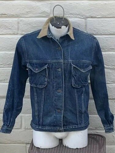 Vintage Calvin Klein Denim Jacket size M ( AS IS l