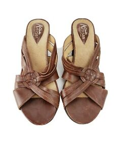 Clarks-Artisan-sandals-6-5-M-brown-leather-open-toe-slip-on-strappy-sandals