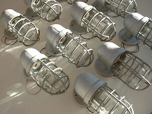NOS-Crouse-Hinds-100-watt-Explosion-Wall-Sconce-Porch-Vtg-Industrial-Light