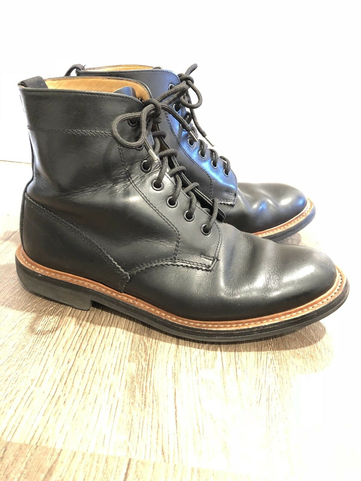 MARK MCNAIRY MEN'S  LEATHER BOOTS MADE IN ENGLAND  SIZE 9us