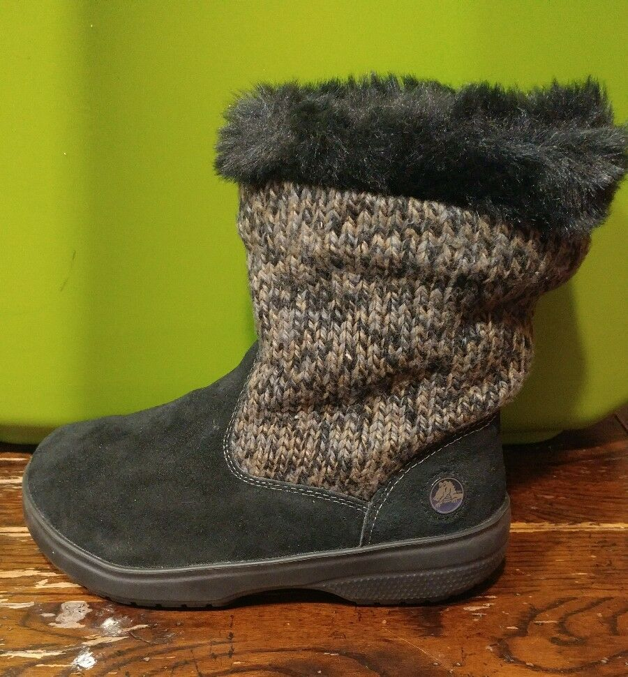 CROCS - WOMEN'S OR GIRLS ANKLE BOOTS - BLACK - FAUX FUR / KNIT LEG - SIZE 5