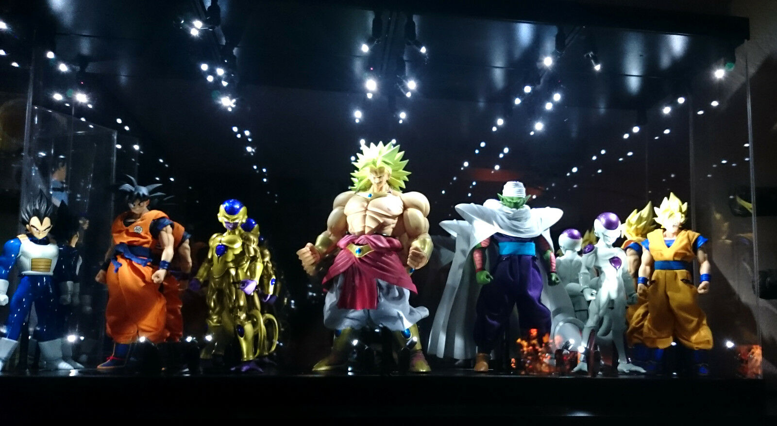 Acrylic DisJugar Case LED Light Box for Megahouse Dimensions of DragonBall Figura