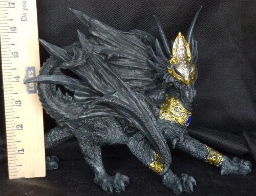 Medieval WALKING Dragon Statue Figure Gold /& Black