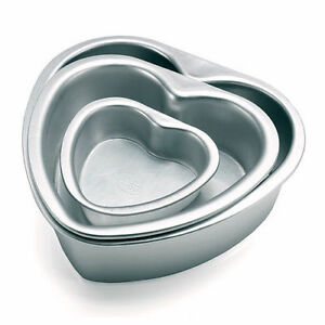 3-PCs-Aluminium-Heart-Cake-Mould-Baking-Pan-Birthday-Party-1-3-4-1-2-Kg-Mold
