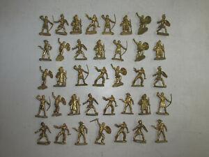 37-alte-Elastolin-Kunststoff-Figuren-Golden-Minis-Wildwest-Normannen-Roemer-4cm