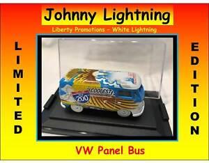 Hot-Johnny-WHITE-Lightning-Wheels-Liberty-Volkswagen-VW-Bus-Chase-RARE-1-of-200